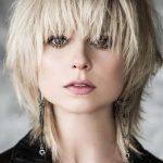 Каскад на короткие волосы: 10 красивых идей стрижки (фото)
